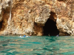 Snorkeling the Caves on Norman Island